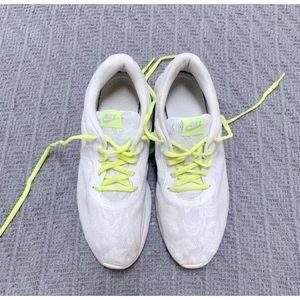 Nike Shoes - Nike Roshes White Lace